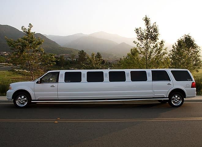 Lincoln Navigator Limousine Ontario