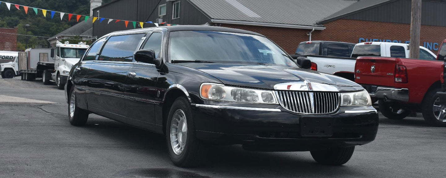 Luxury Airport SUV Limo Ontario